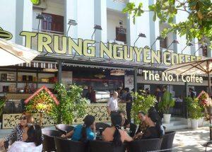 biển quảng cáo tiệm cafe Trung Nguyên