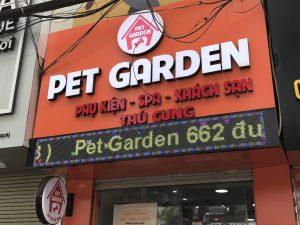 biển quảng cáo chữ nổi Alu chữ nổi Mica cho cửa hàng phụ kiện thú cưng