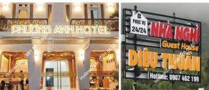 biển quảng cáo chữ nổi hotel bằng mica và inox gắn led