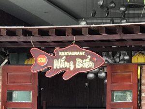 mẫu biển quảng cáo nhà hàng độc đáo