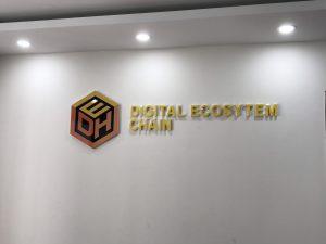 logo backdrop văn phòng chữ nổi Mica cắt dán Decal