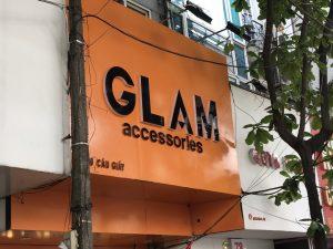 biển quảng cáo shop thời trang Alu chữ nổi Mica