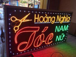 biển LED vẫy tiệm tóc đẹp